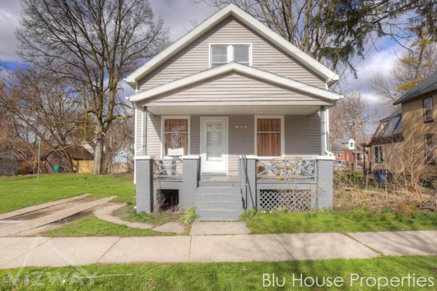 1025 HAMILTON,  Grand Rapids, Michigan 49504