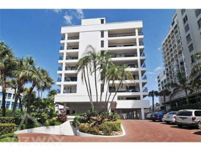 5415 COLLINS AVE #602 MIAMI BEACH, FL 33140