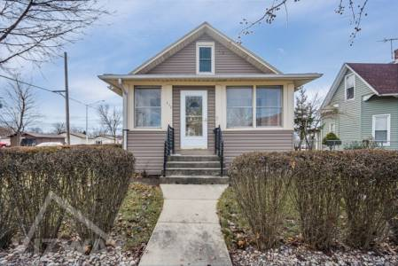 West_Blair_Street_West_Chicago_IL_usa_60185_daare_real_estate_e_bedroom_house_for_sale_advertise_list_sell_buy_rent_property_online_vizway (2)