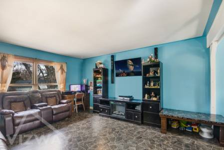 Ray_Avenue_West_Chicago_il_usa_3_bedroom_house_for_sale_list_property_online_advertise_vizway_daare (2)