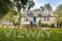 9 Country Club Rd, Livingston, NJ 07039